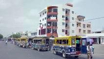 Le car rapide sénégalais 7/7- montez à bord d'un car rapide sénégalais qui traverse Dakar