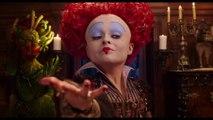 ALICE IM WUNDERLAND: Hinter den Spiegeln - Das Geschenk - Ab jetzt im Kino | Disney HD
