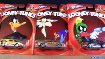 new Hot Wheels Looney Tunes Cars Nostalgia Diecasts Bugs Bunny, Tweety, Sylvester, Daffy Duck toys