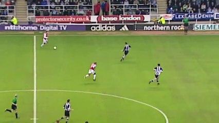 Bergkamp incredible goal Vs Newcastle