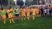 Haie d'honneur après le match La Clayette - Louhans Cuiseaux (1-9)