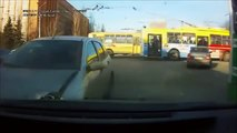 Deadly Car Accidents dashcam videos & Idiot drivers compilation- August A115