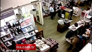 Bulgar kadın hırsızlar kamerada
