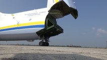 Vol d'un Drone au-dessus et dans le plus grand avion du monde : Antonov