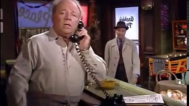 All in the Family S8 E08 Archies Bitter Pill (1)