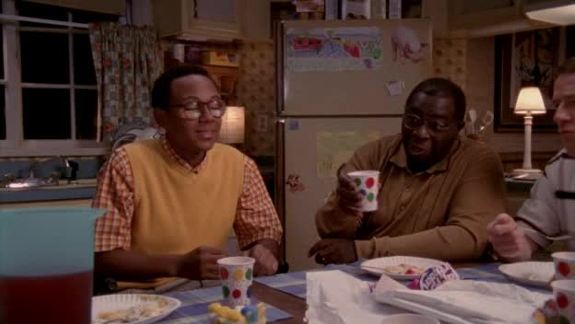 Malcolm In The Middle Christmas.Malcolm In The Middle S 6 E 5 Kitty S Back