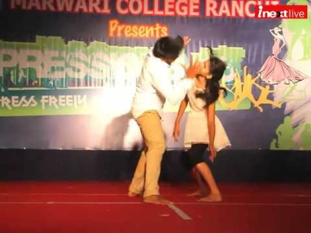 Ranchi: In XPressions-2016 students enjoy on Rock bands performances