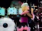 14 MADONNA Into The Groove (Blond Ambition Tour Live in Barcelona) 1990