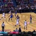Kevin Durant contre Anthony Davis et file au lay-up