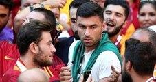 Burak Yılmaz, Antalyaspor Maçını İzlemek İçin TT Arena'ya Geldi