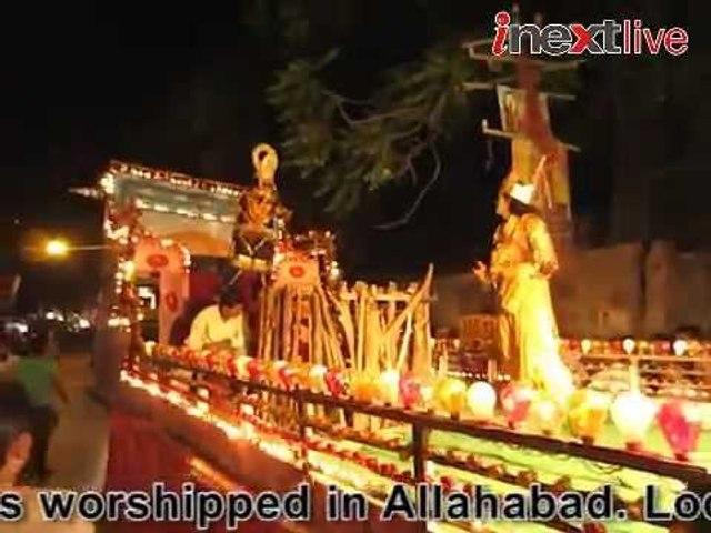 Let's worship Ravana