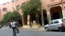 amine stunter :  mtb Wheelie [ stunt - marrakech - morroco ]