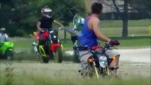 Cascades à moto complètement folles! Compilation stunt biker