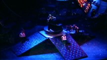 18 MADONNA Lo Que Siente La Mujer (Drowned World Tour) 2001