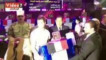 محافظ الغربية يكرم أسر شهداء الجيش والشرطة