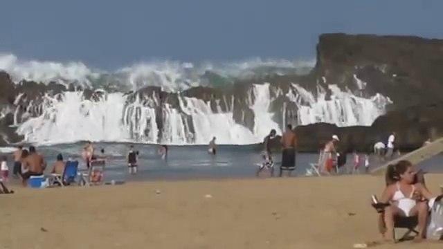 Wow une plage unique en sont genre quel beau spectacle !