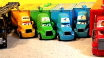 Pixar Cars The Haulers we build a Pyramid with The Cars Haulers and Screaming Banshee Smashes Crashe