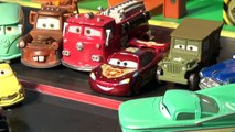 Play Doh Surprise Eggs in Pixar Cars Lightning McQueen with The Haulers and Lizzies Surprise Birthd