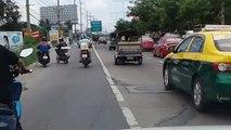 Road Rage entre deux  scooters