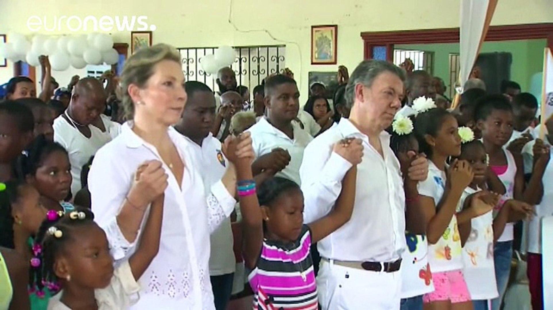 Colombia. Santos darà i soldi del Nobel per la Pace a vittime Farc