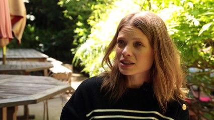 """Interview """"Allongez-vous"""" avec Mélanie Thierry"""