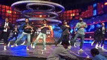 Kapil Sharma And Shahrukh Khan Funny Dance In Filmfare Awards 2016