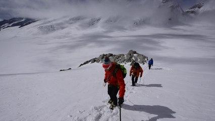 En montagne avec l'himalayiste Simone Moro