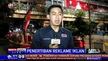 Dishub DKI Tertibkan Reklame-reklame JPO di Setiabudi