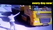 world dangerous road accident 2016 |Top 5 Most Dangerous Road Accident in World Video