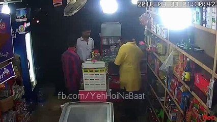 CCTV Footage - General Store Guy near Lucky Star, Karachi Showed some Guts [Audio Enabled]!