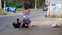 Une mère defend son fils