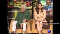 Mehwish Hayat going crazy over funny Policeman Afzal in Mazaaq Raat