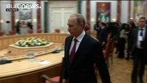 Ucrânia: Merkel, Hollande, Putin e Porochenko com reunião marcada em Berlim
