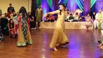 Indian Wedding Mehndi Night BEST Dance On Mehndi Taan Sajdi
