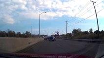Quand un débile rencontre un chauffard... Gros crash en pleine autoroute