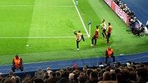 échauffement d'Hatem Ben Arfa lors de PSG-Bâle ...