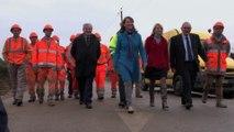 Ségolène Royal lance les travaux de la première route solaire dans l'Orne