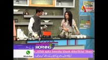 Talk Shows Central - Famous Pakistani Chai Wala Arshad Khan making Chai in Live Show