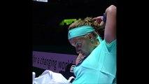Svetlana Kuznetsova Cuts Her Hair In A Tennis Match!