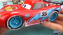 Disney Cars Flash McQueen Ice Racers Turbo radiocommandé 4k McQueen Les Bagnoles #Jouet #Unboxing