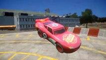 Spiderman et Flash McQueen Disney Cars 2 en français sur le looping géant