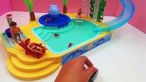 playmobil piscine avec toboggan - et plongeoir et baleine qui crache de leaus