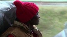 Arrivée de migrants dans un village, les habitants réagissent
