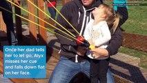 El Pulso ¦ El Pulso Viral׃ Unlucky Toddler Face Plants Using Slingshot, and More ¦ Telemundo