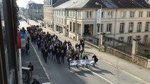 Policiers, gendarmes et pompiers manifestent à Vannes