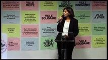 Anne Hidalgo parle aux habitants du 16e