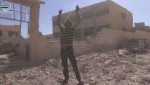 اثنان وعشرون طفلا سوريا يقتلون على مقاعد الدراسة في ريف إدلب