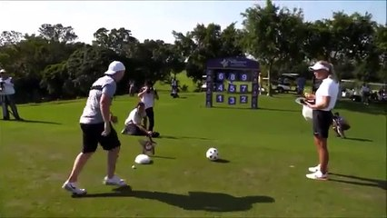 Manchester United Legend Paul Scholes Showing Off His Skills