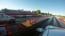 Course de Dragster en vitesse gagnée par une voiture Tesla P100D