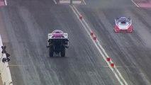 Cette voiture Dragster se soulève à 400km/h en course !!